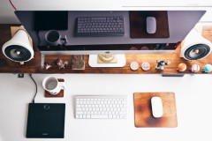 apple-designer-desk-3911