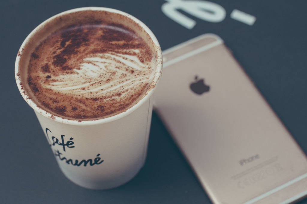 coffee-and-iphone-6