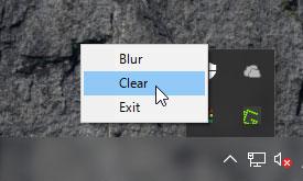 システムトレイのTranslucentTBアイコンを右クリックしてClearを選択